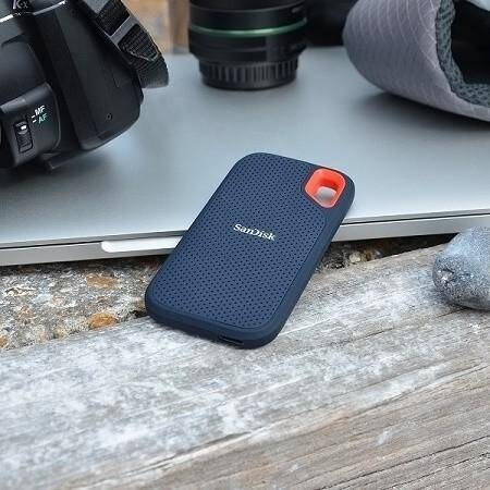 Extreme High Speed and Portable with SanDisk - Extreme 1TB External USB 1