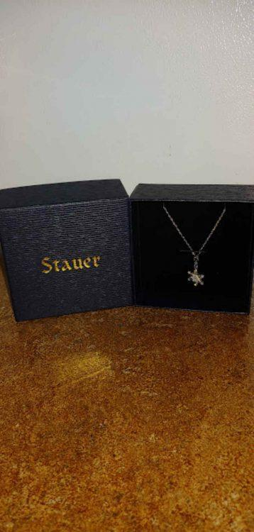 Let Your Holidays Shine Brightly with Stauer Jewelry #Gift Guide 2