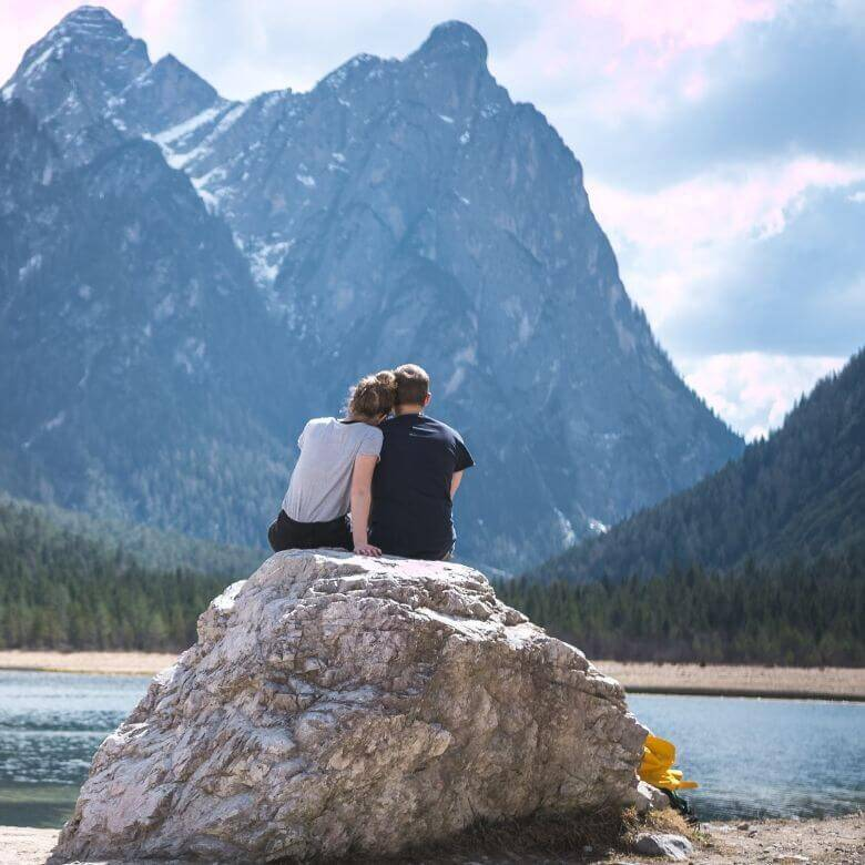 How to Plan the Perfect Romantic Getaway With Your Spouse